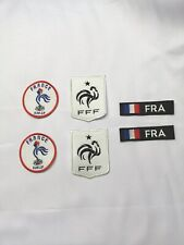 LOT DE 2 ECUSSONS PATCHS FFF FRANCE FFPJP PETANQUE FOOTBALL