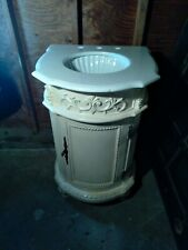 """(Reduced) Powder/Bath Room Vanity Scallop Sink 34""""×19""""x W 21.Local Pick Up Only!"""