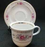 ANTIQUE HENNEBERG PORZELLAN DEMITASSE CUP & SAUCER  GERMAN DEMOCRATIC REPUBLIC