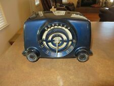 VINTAGE CROSLEY BULLSEYE DARK BLUE BAKELITE RADIO MODEL 11-101U