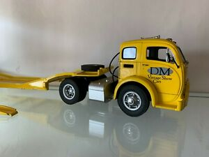 Danbury Mint ~ 1952 Yellow Car Carrier ~ 1:24 Scale ~ Missing pieces- As Shown