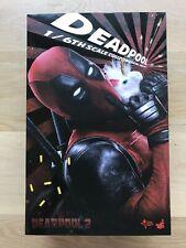 Hot Toys 1/6 Deadpool 2