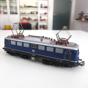 Märklin HO  Baureihe E10 238     E Lokomotive der DB