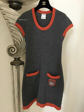 NEW FABULOUS CHANEL 07A  GRAY ORANGE COCO PATCH CASHMERE DRESS 36 S