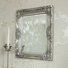 Espejos decorativos en plateado para el dormitorio