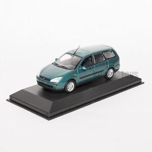 Ford Focus Mk1 Estate Met Green, dealership model, Minichamps 1:43 scale