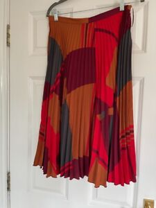 Next Stunning Geometric Print midi classic orange mix sunray Pleated skirt. Used