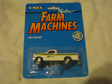 ERTL FARM MACHINES 4 WD PICKUP JOHN DEER COMPANY