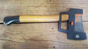 Sandvik 06 Small Axe Hatchet, 85 mm Blade, 1-1/4 lbs 560 grams, Sweden