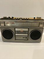 Vintage Sony FM/AM Stereo Cassette Recorder Corder Tape CFS-55 Radio Boombox