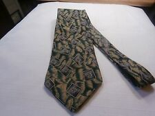 Polo Ralph Lauren 100 % Silk Mens Neck Tie green and gold with diamond pattern