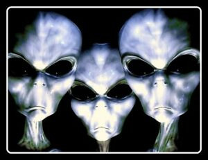 "4.5"" Three Creepy Aliens vinyl sticker. Area 51, abduction, UFO decal for car."