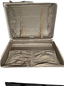 Vintage Antique Samsonite Marbled Cream luggage suitcase. No Key