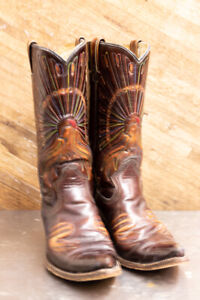 Cowboy Boots, Vintage Womens Brown high gloss leather, with embroidered peacock