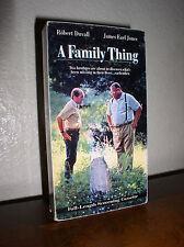 A Family Thing starring Robert Duvall, James Earl Jones (VHS,Screening Cassette)