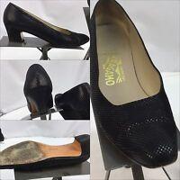 Ferragamo Pump Heels Sz 7.5 AAA Black Leather Made In Italy EUC YGI M
