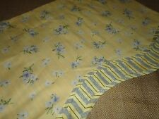 WAVERLY VINTAGE FONTANELLE SCALLOPED VALANCE BUTTER YELLOW & BLUE FLORAL 17 X 74