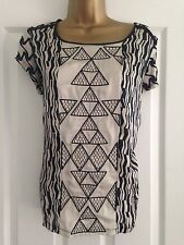 BNWT NEXT Black Beige Patterened Short Sleeved Embroidered Top 12 Petite