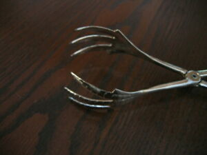ART DECO ORNATE VINTAGE SILVER PLATE SUGAR CUBE CLAW TONGS