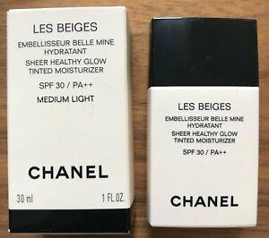 CHANEL Les Beiges Sheer Healthy Glow Moisturiser - medium light