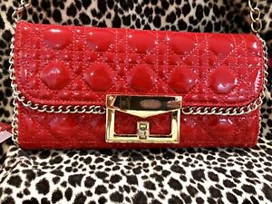 SERENADE BEVERLY HILLS Patent Leather Red Clutch Shoulder Bag Gold Chain Handle