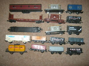 17 Lima OO Gauge Coaches Vans Tankers Wagon Job Lot for Spares or Repair