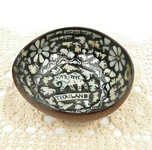 "Natural Coconut Inlay Shell Decorative Rice Bowl Elephant Mosaic Thailand 5"""