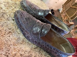 Gucci Crocodile Mens Shoes. Beautiful penny loafers. $10,000 new!!