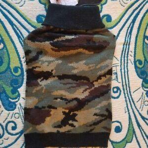 NWT Small Classic Green Camo Pattern Dog Sweater