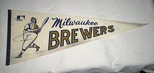 Milwaukee Brewers MLB Vintage 1970's Mascot Logo Baseball Pennant Full Size