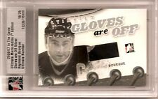 2006-07 ITG Ultimate 7th Edition Ray Bourque Gloves Are Off  15/25 (H-0126)