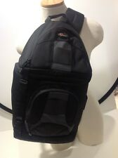 Lowepro SlingShot 100aw Camera Bag Missing internal Dividers Great Condition