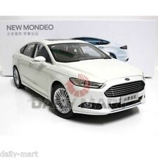 1/18 Scale FORD FUSION / MONDEO (WHITE) DieCast Toy Car Model