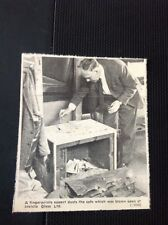73-3 Ephemera 1969 Picture Thanet Invicta Glass Ltd Safe Blown Up Fingerprint