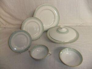 c4 Porcelain Fine China Royal Doulton - Berkshire - R12