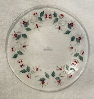 """SALE - 4 - Christmas Pfaltzgraff Winter Berry Glass Plates 8"""" (2 Sets Available)"""