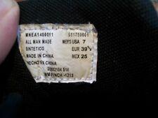Easton Mens Size 7 (Eur 39.5) Black Spikes