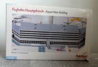 Herpa Wings 519625 1:500 Flughafen Hauptgebäude top Zustand mit OVP