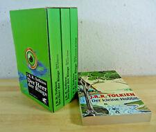 J.R.R. Tolkien: Der Herr der Ringe 1-3 + Der kleine Hobbit / TB grün Schuber