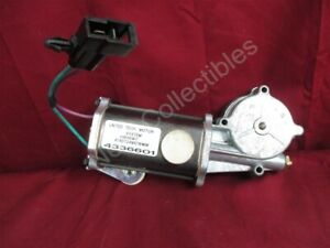 NOS OEM Chrysler Town and Country Window Motor 1985 - 88 Left Hand Front Door