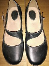 Clarks Ladies Shoes Black Leather Artisan 6 E wide worn twice