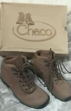 hiking women's Boot size 6.5 US trail  outcross water repellent brown