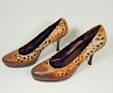 NEW $250 Icon High Heel Classic Pump Leopard Two Cougars 6 M RILEY 7.5M