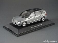 1/43 Minichamps Mercedes Benz R-Klasse W251 2010 - silber - B66960055