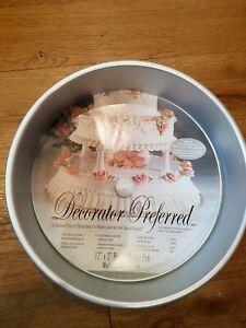 Wilton Decorator Preferred Pure Aluminium Large Round Cake Baking Pan 30x7.6cm