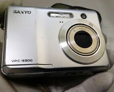 Sanyo VPC S500 5MP Digital Camera - Silver works battery door damaged
