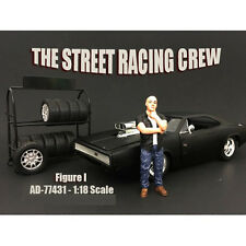 THE STREET RACING CREW FIGURE I 1:18 BY AMERICAN DIORAMA 77431