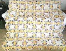 "Vintage Double Wedding Ring Quilt Hand Quilted Scallop Yellow White 74"" x 84"""