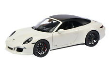 PORSCHE 911 GTS Blanc SCHUCO, échelle 1:18 450039500