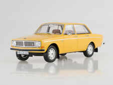 Scale model 1:18 Volvo 144, gold, 1970